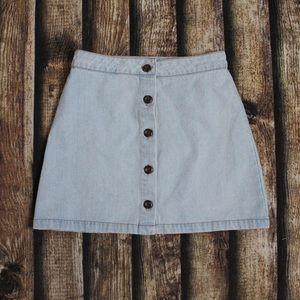 🎀3/30 Forever 21 Light Blue Denim Button Up Skirt